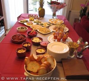 Een tapas-buffet tijdens een feestje